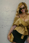 Beyoncé in Acler top.